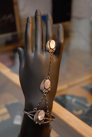 Slave - Armreif mit Ring
